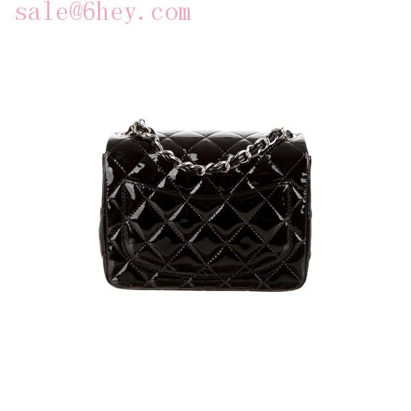 chanel medium caviar flap bag price